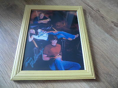 Smallville Signed Framed Picture Clark Lois And Lex  New