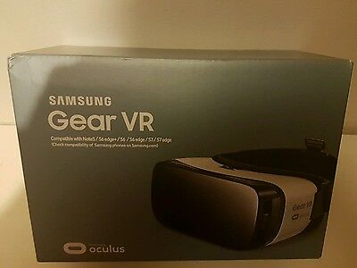 Samsung GEAR VR 2016 new white model Occulus