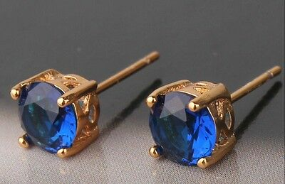 18K Yellow Gold sapphire Solitaire Stud Earrings.      364