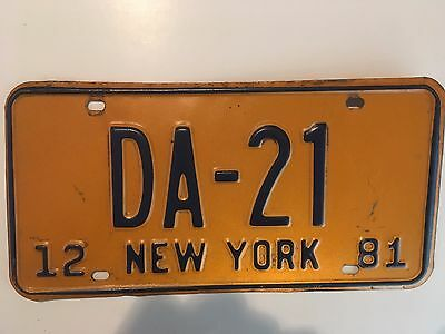 1981 Orange Base New York District Attorney License Plate Rare Type Low Number