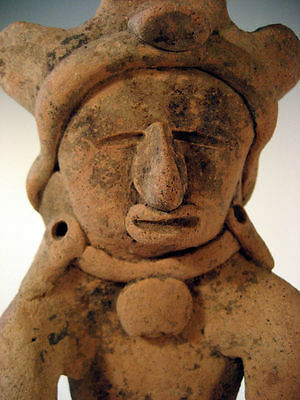 pre columbian veracrus coast watcher figure