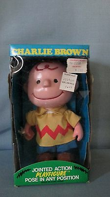 Nos Peanuts Charlie Brown Jointed Play Figure