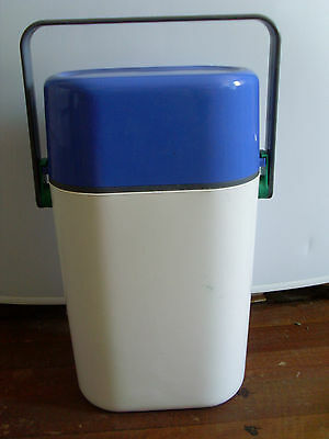 1980s INSULATED DECOR BYO 2 BOTTLE CARRIER * BLUE & WHITE *