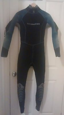 6.5mm Scubapro Semi Dry Wetsuit (Large) (very Pre-loved/used) - Female