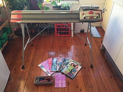 Passap Duomatic 80 Knitting Machine