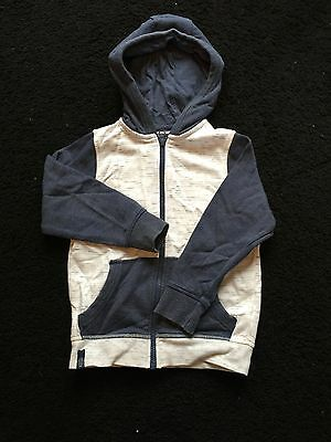 boys hooded jacket in white and blue age 5 years