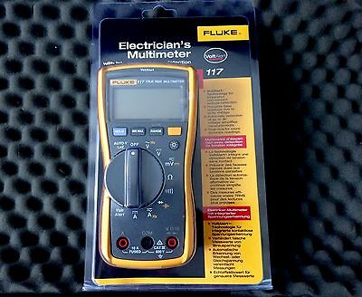 Fluke 117 True RMS Multimeter with Integrated Voltage Detection