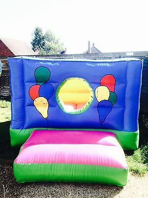 COMMERCIAL 10ft x 8ft FULLY ENCLOSED BOUNCY CASTLE / BALL PIT