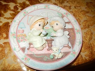 """Precious Moments All Porcelian Plate """"Friendship Hits The Spot"""""""