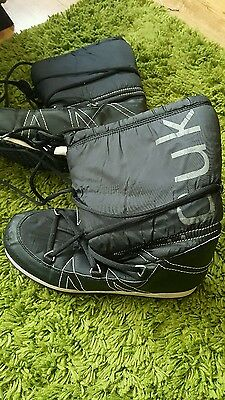 FCUK snow boots size 7