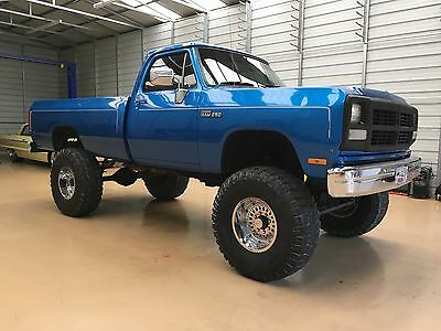 1993 Dodge Ram 2500  1993 Dodge Square Body W250 high boy lifted truck 4x4