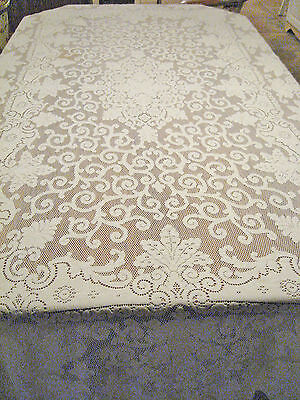 "Beautiful Heavy Ivory Vintage Cotton Lace Looped Edge Tablecloth - 96""x58"""