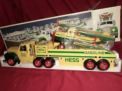 Hess 2002 Toy Truck and Airplane MIB