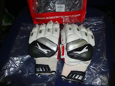 Slazenger S Cg Ultra Boys Cricket Batting Gloves Right Hand