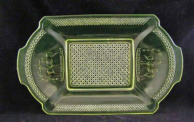 GRACEFUL!!  Canary ** DEER & PINE TREE **  BREAD PLATE or TRAY!!