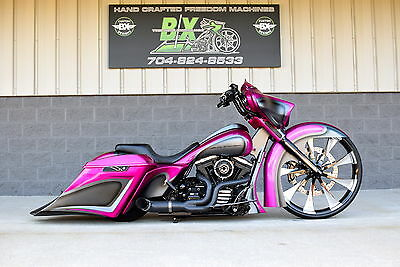 "2015 Harley-Davidson Touring  2015 STREET GLIDE BAGGER  *1 OF A KIND* 30"" WHEEL! OVER $70K INESTED!! STUNNING!"