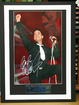 Robbie Williams Signed And  Framed Coa Free P+P