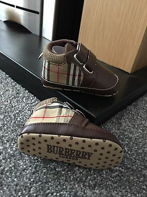 Burberry Quality Reps Baby Shoes Brand New Soft Sole 6-12 Months