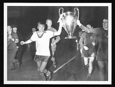 George Best 1968 European Cup Final Man Utd Picture Manchester United v Benfica