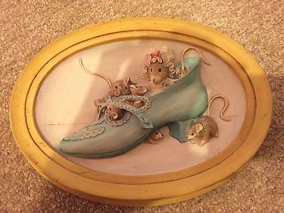 Beatrix Potter Plaque Of Old Woman In A Shoe