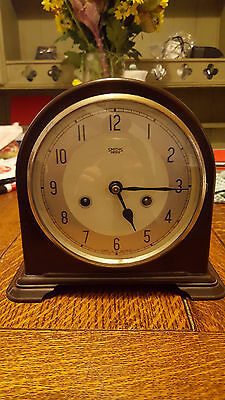 Vintage Smiths Bakelite Striking Mantel Clock in Non-Working Order, with key