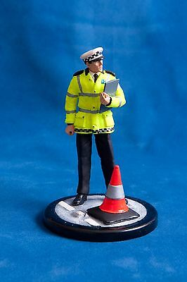 Code 3: 120mm Resin figurine - Male Police Traffic Officer