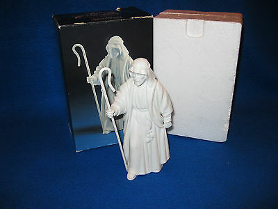 "Vintage 1983 AVON Nativity Collectibles ""THE SHEPARD"" in Original box EXC"