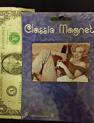 "MARYLIN MONROE Metal Magnet, New 2"" x 3"""