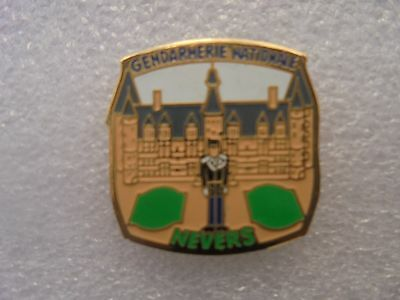 pin's pins gendarmerie nationale Nevers