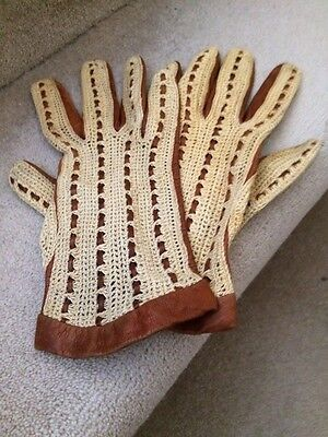 Pair of retro tan leather and crochet driving gloves. Small/medium ladies.