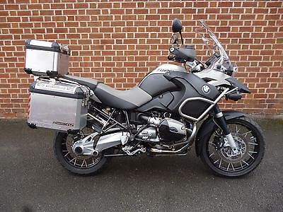 BMW R 1200GS ADVENTUREOnly 22500 miles.