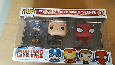 hawkeye & spiderman bobble-heads with captain america and iron man keyrings.