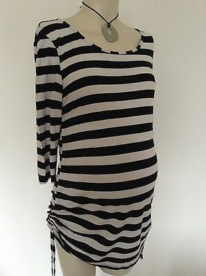 [293] New Look Maternity Black/White 3/4 Sleeved Top Size 14