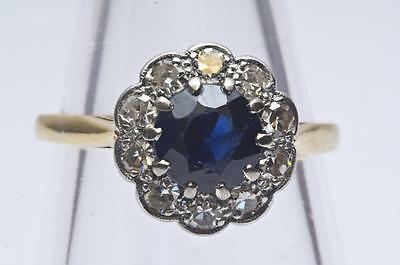 A VINTAGE SOLID 18ct GOLD 0.40ct DIAMOND & SAPPHIRE CLUSTER RING SIZE N (6.75)