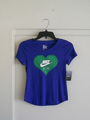 NWT - Nike Girl's T-Shirt Size M