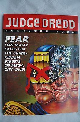 Judge Dredd Yearbook 1994 - 22 Years Old - Mint