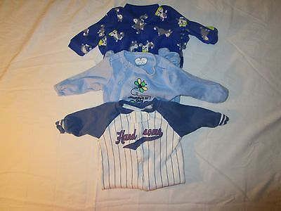 Infant sleepers: One NB. Two 0-3MO. One The Childrens Place & Two Carters