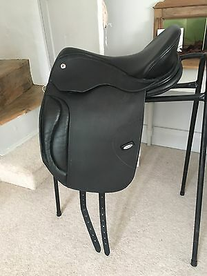 Solution Saddle size 3 Dressage