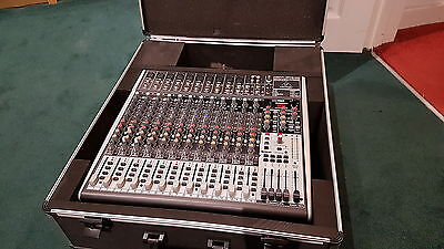 Behringer Xenyx X2442USB Small Format Mixer with Effects & Thomann Flight Case