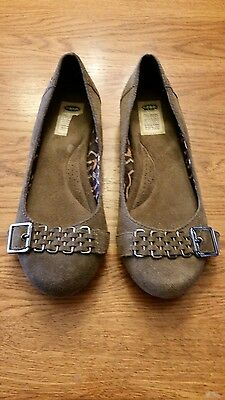 Womens Dr Scholl's Suede buckle flats shoes size 6
