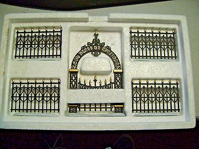 Department  56 Heritage Village Victorian Wrought Iron Fence & Gate