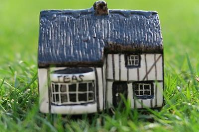 TEY POTTERY TEA SHOPPE Britain in Miniature Countryside Collection