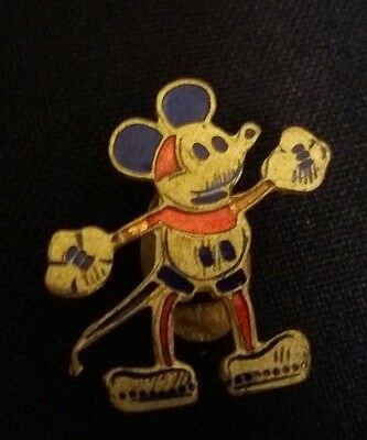 Michey Mouse clothing button of the old factory .Luso-Celuloide 30s RARE