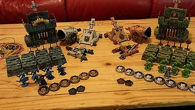 Battleground Crossbows and Catapults War strategy Game near complete. Missing 2