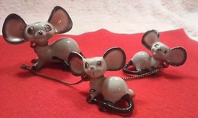 Vintage Porcelain Mouse Figurine with Baby Mice Connected by Chain
