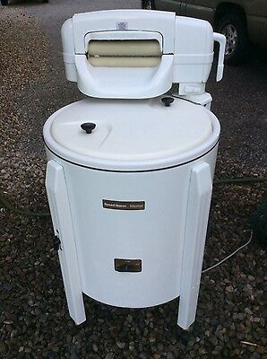 Vintage Speed Queen Wringer Washer/washing Machine.  (Local Pickup Only)