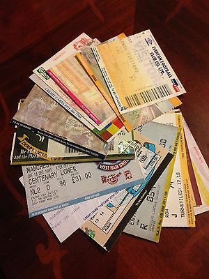 17 Different Manchester United 1999/00 Premiership Wining Season  Away Tickets