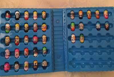 36 Mighty Beanz Beans and Blue Carrying Case