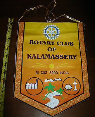 ROTARY CLUB OF KALAMASSERY  vintage PENNANT BANNER  Dist   3200 - INDIA
