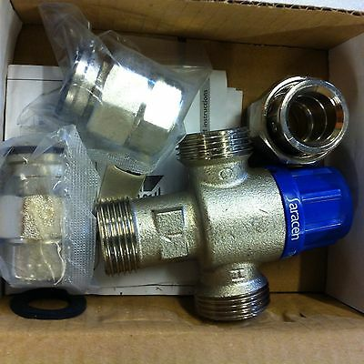 Thermostatic hot water temperature control mix valve 22mm fittings